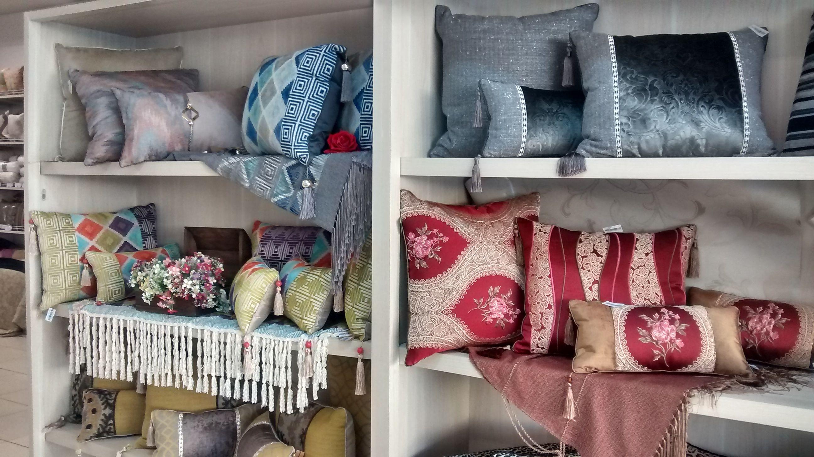 Você acha que almofadas são somente para sala? Veja essas lindas almofadas que combinam com qualquer ambiente