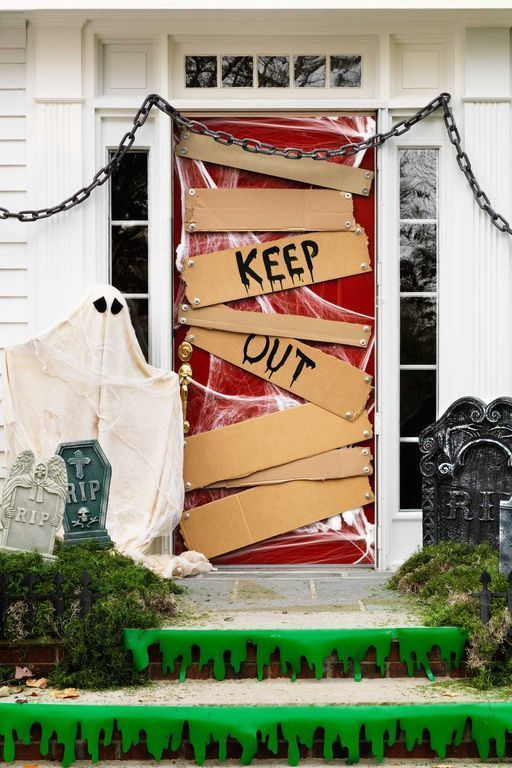 34 Best Halloween Door Decorations You Can DIY in No Time #halloweendoordecorations