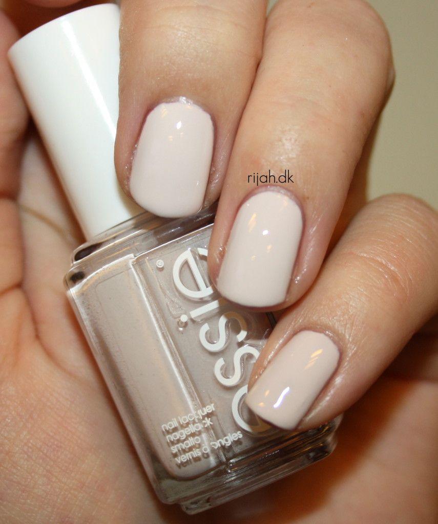 Essie Summer Collection 2014 #essiesummer2014 #essiesummer #urbanjungle #fiercenofear #roarrrrange #strutyourstuff #ruffles&feathers #hauteintheheat #rijahdk #neglelak #nailpolishes
