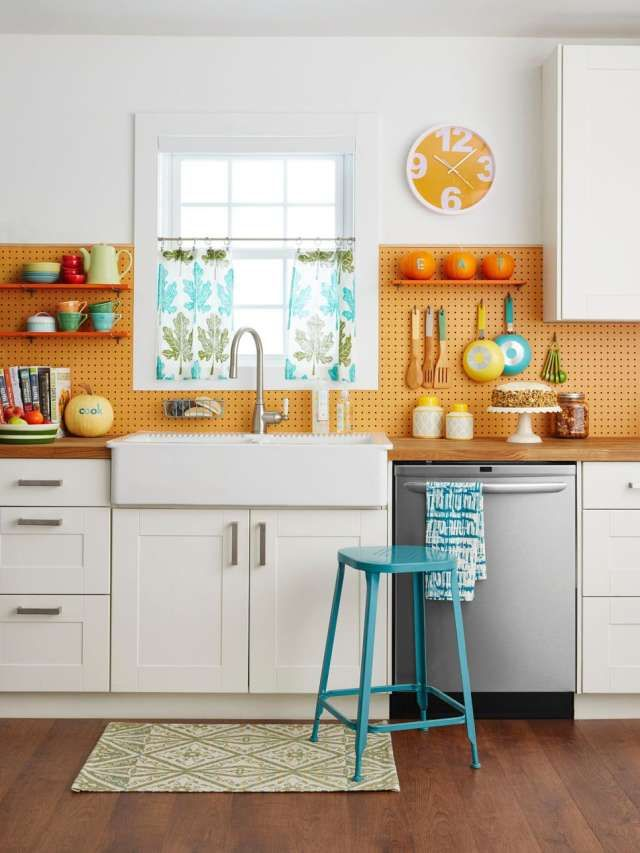 4 Smart, Fresh Ways to Use Pegboards in the Kitchen