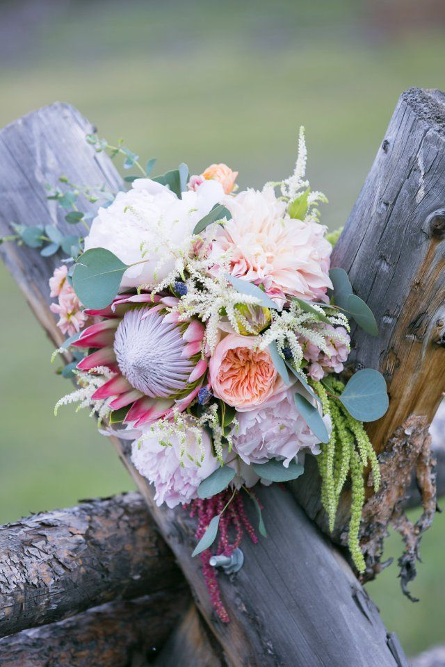 Romantic Mountain Ranch Wedding by JA Special Events - WeddingLovely Blog http://weddinglovely.com/blog/romantic-mountain-ranch-wedding-ja-special-events/