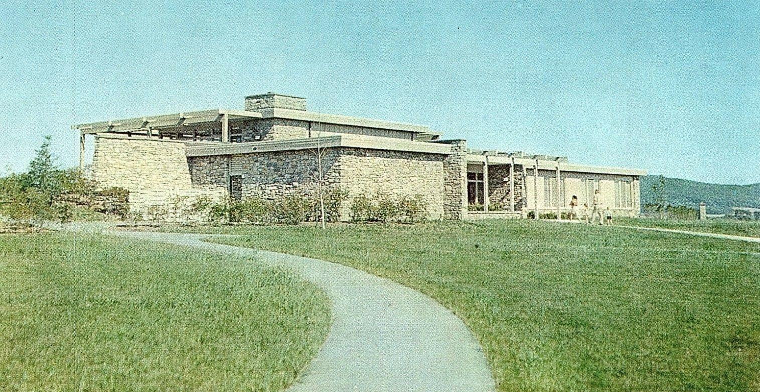 Antietam Battlefield Visitor Center And Museum House Styles