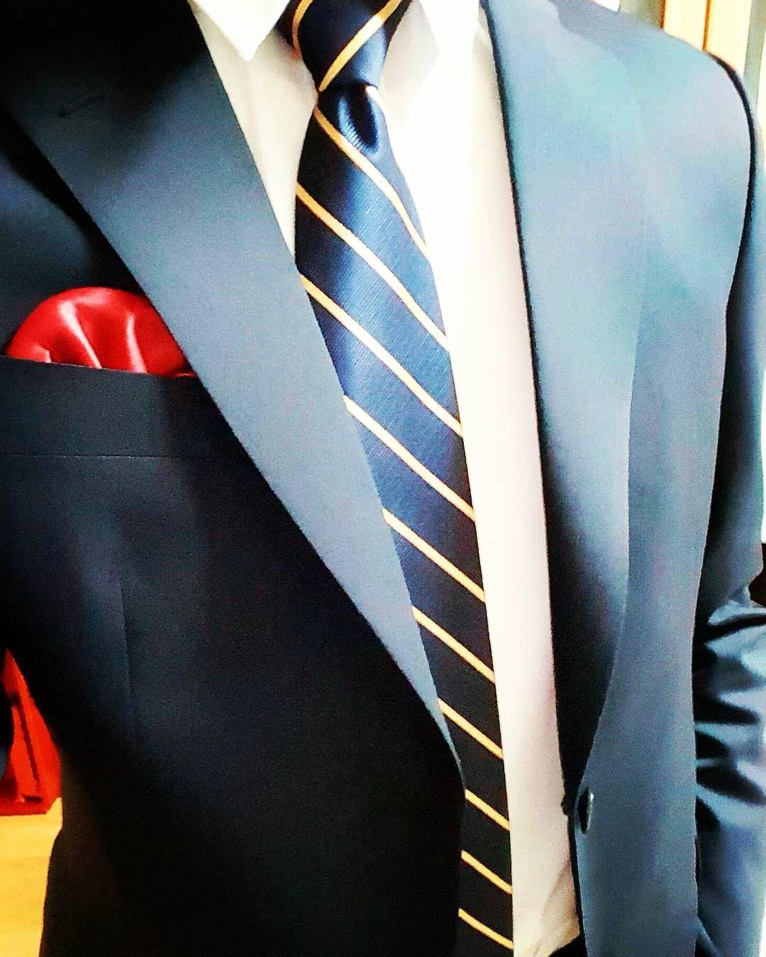 세상에서 하나뿐인 정장이 생겼다 . . . #instagram #instagood #selstagram #selfie #selca #suit #수트 #맞춤정장 #네이비 #셀스타그램 #옷스타그램 #멋스타그램 #셀카 #셀피 #데일리 #졸업사진 #옷이날개 . . #follow4follow #follow #f4f #l4l #like #선팔 #맞팔 #소통 #소통해요 #사랑해요 # by jeoon_jw