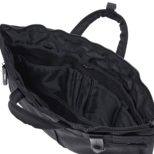 Porter Heat Briefcase. Ref : 703-06884. Size: W470/H350. Color : Black. Main Fabric: Ballistic Nylon Canvas ( Nylon 100 %). Bottom of the bag : Tarpouline Lining Fabric: Nylon Canvas ( Nylon 100% ). Additional: Each bag comes with a porter orifinal Maglight as a zip puller.