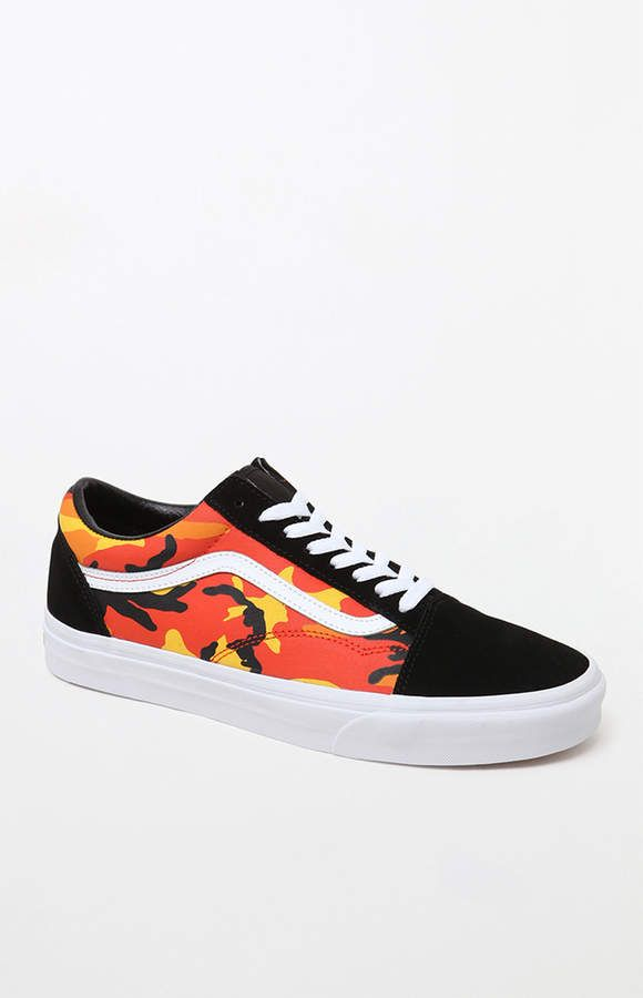 d7fc1217948a Vans Pop Camo Old Skool Shoes