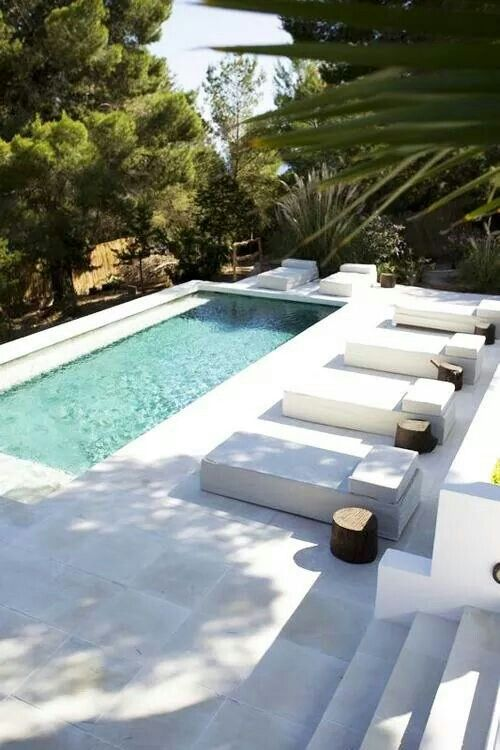 Serene And Simple Relax Small Pool Design Pool Landscaping