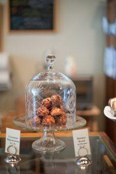 Lovely: A Bakeshop. Inspiring!   http://www.elizabethannedesigns.com/blog/2010/08/30/lovely-bake-shop-chicago-wedding-venue/