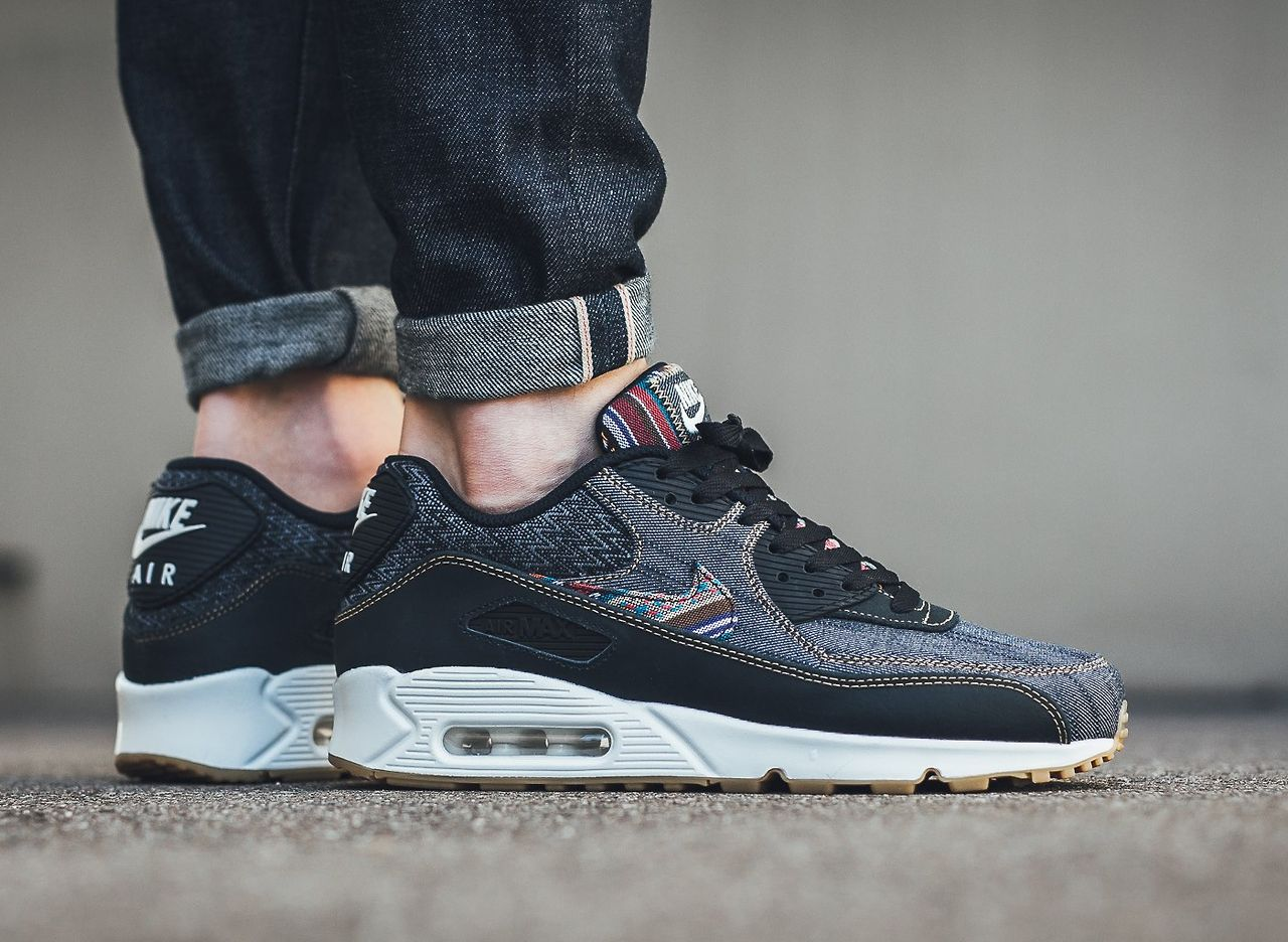 NIKE Air Max 90 Premium 700155 402 (via Titolo) Click to