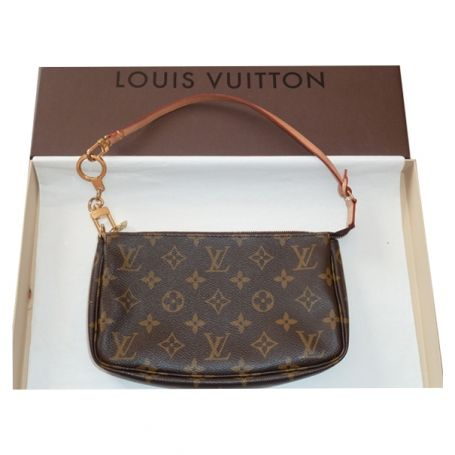 69a538a1dc2 Bag LOUIS VUITTON Brown Leather http   uk.vestiairecollective.com ...