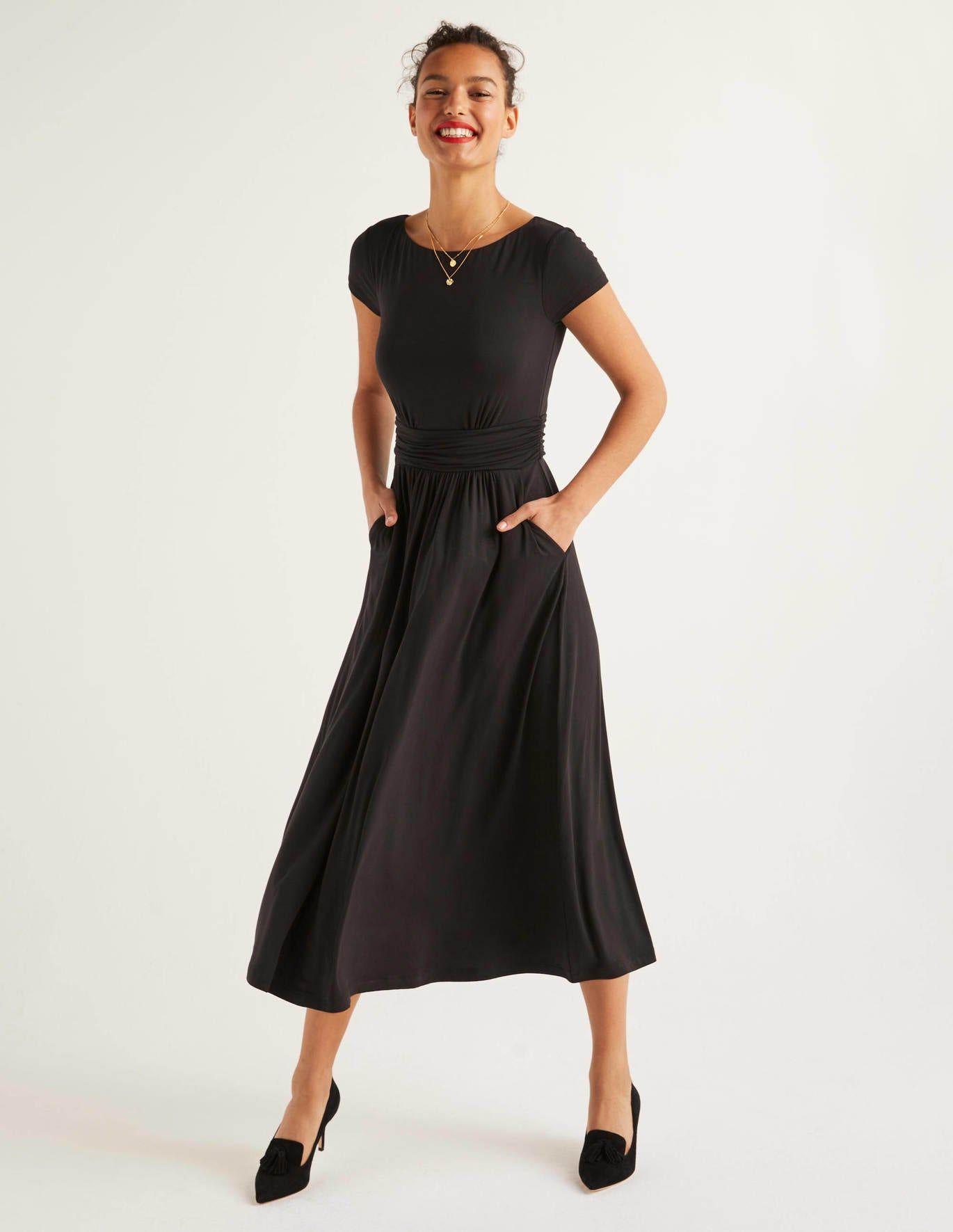 Faye Jersey Midi Dress Navy Boden Au Black Midi Dress Navy Midi Dress Elegant Midi Dresses [ 1771 x 1370 Pixel ]