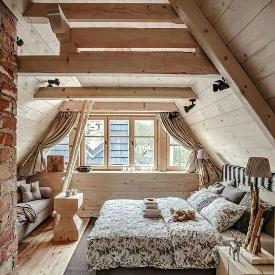19 Dreamy Attic Loft Bedroom Decoration Ideas In 2020 Attic Bedrooms Bedroom Loft Cheap Bedroom Decor