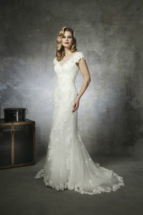 1930s and 1950s Inspired Gorgeous Wedding Dresses | Weddingomania ...
