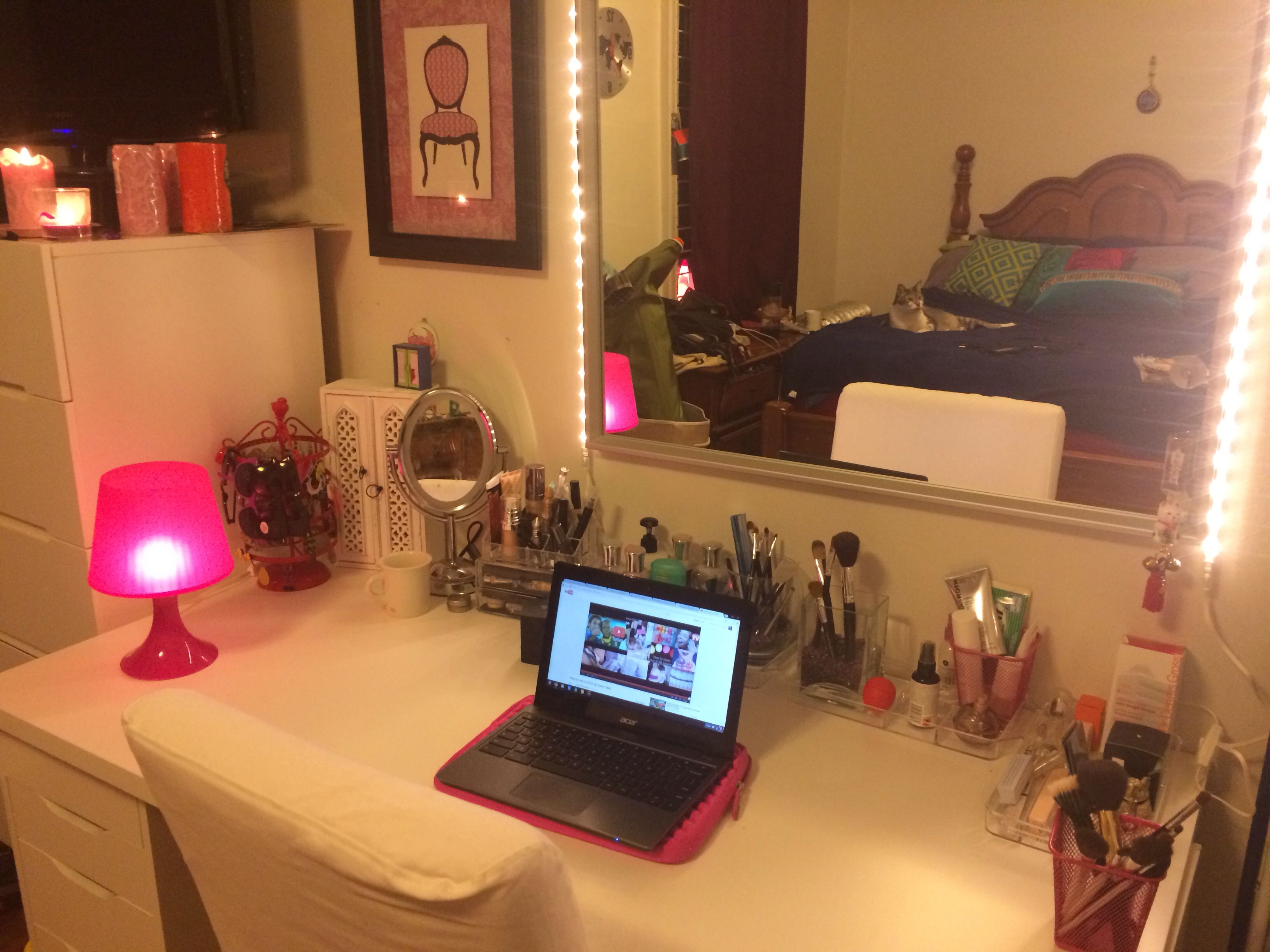 Vanity Lights Strip : DIY vanity mirror using magnets and led light strips from ikea Makup organization ideas ...
