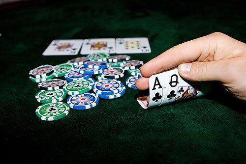 Oleh karena itu maka para pemain professional di Agen Judi Poker Online akan lebih berhati-hati dalam membuat keputusan maupun langkah yang akan dilakukan