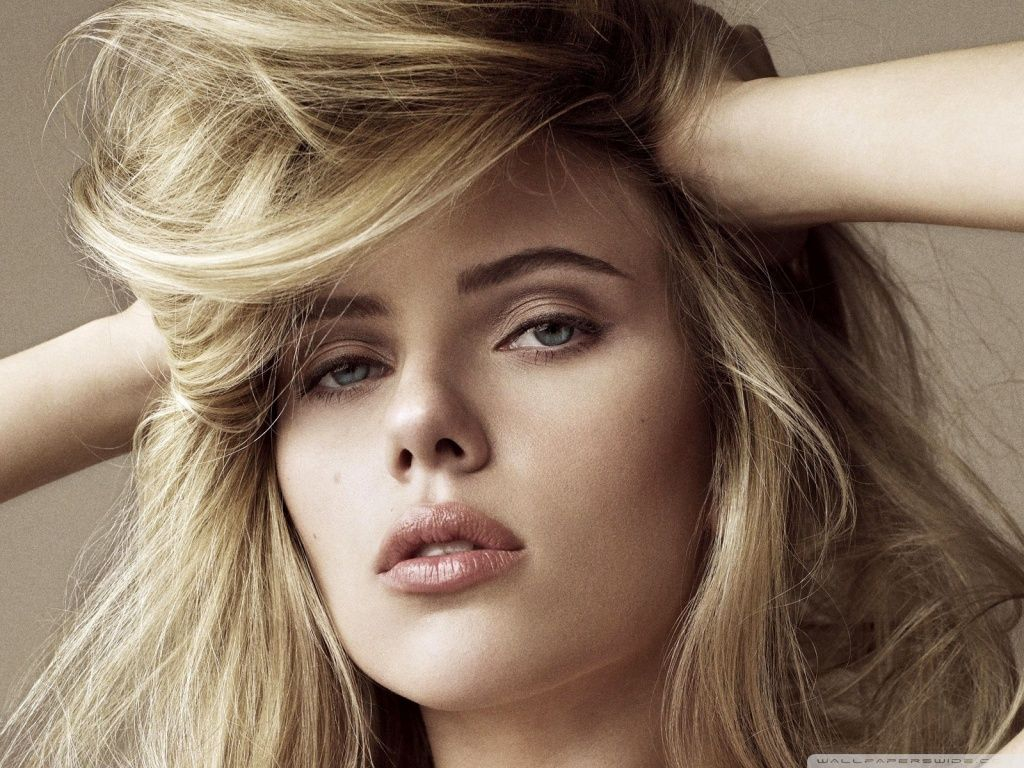 Scarlett Johansson Lying Down HD desktop wallpaper High