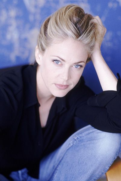 Ally Walker Imdb Ally Walker Fbi Special Agent Actresses