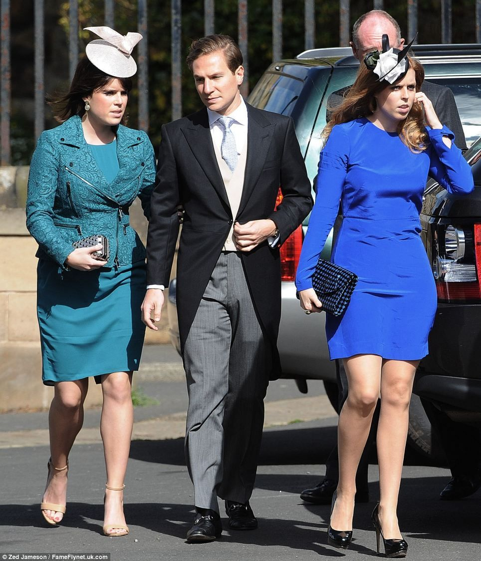 Princess Eugenie Of York Princess Beatrice Of York Along With Dave Clark Princess Beatrice Princess Eugenie And Beatrice Hollywood Fashion