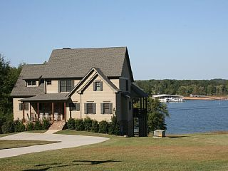 Lake Hartwell- Luxurious Lake Home Million Dollar View!!! WifiVacation Rental in Lavonia from @homeaway! #vacation #rental #travel #homeaway