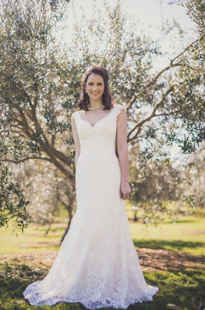 Open Back Cap Sleeves V-neck Floor Length Mermaid Lace Wedding Dress
