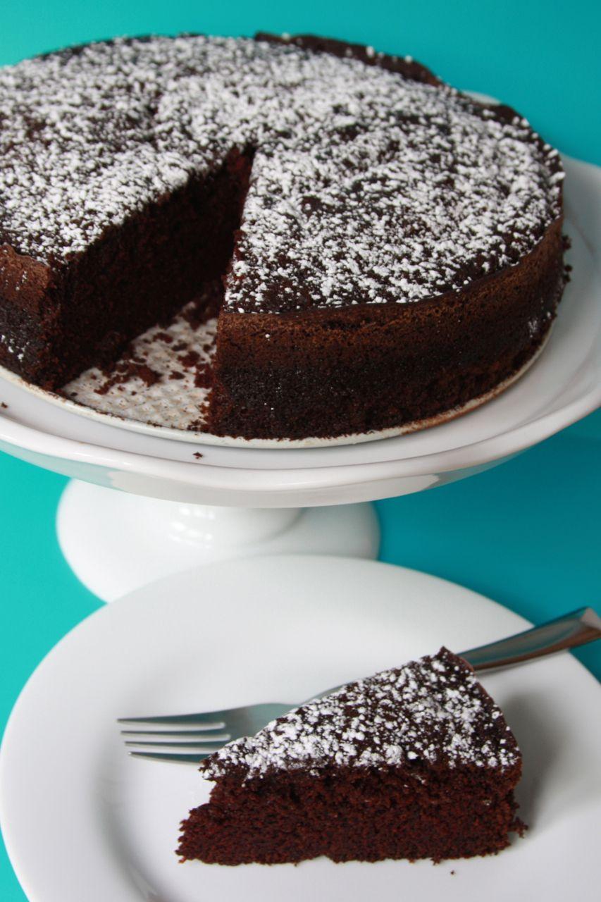 hotcakes: Baking Monday – Chocolate Coffee Cake