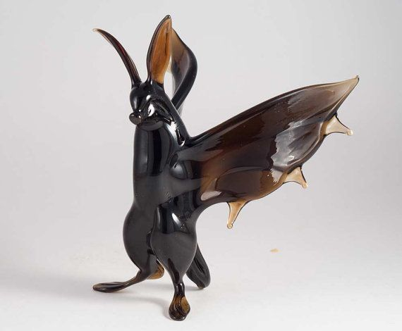 Glass Bat Hand Blown Art Figurine van GlassZooShop op Etsy