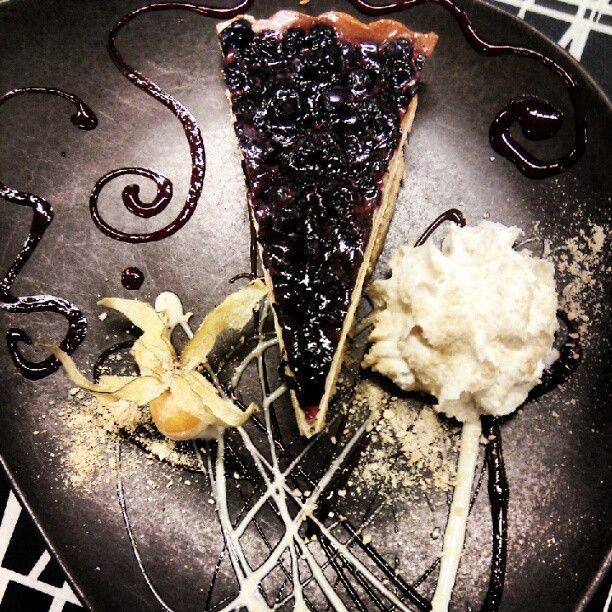 Blueberry pie, pure art.