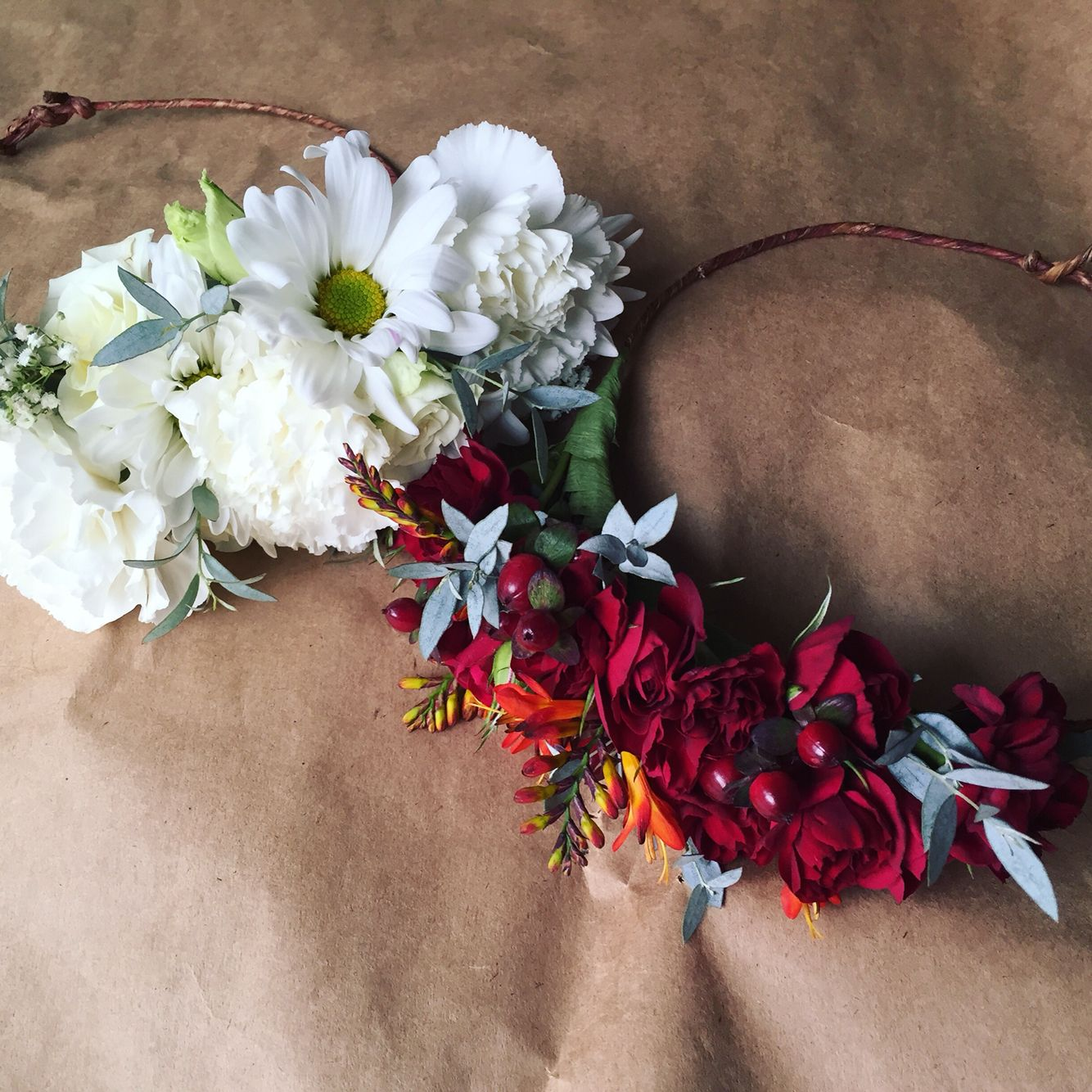 Red Queen And White Queen Flower Crowns Perfect For An Alice In