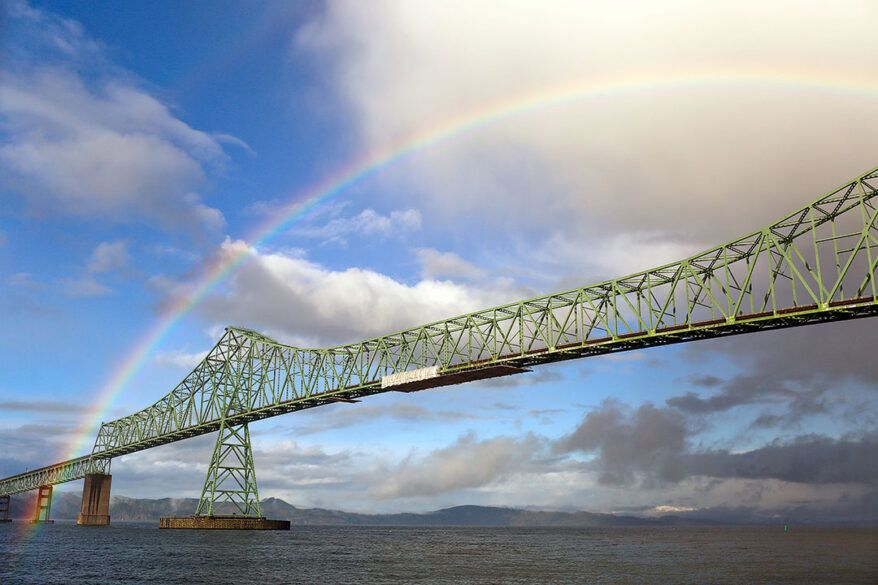 Astoria Oregon + Your Ultimate Oregon Coast Road Trip with All the Best Stops // Local Adventurer #oregoncoast #oregon #traveloregon #usa #roadtrip #localadventurer