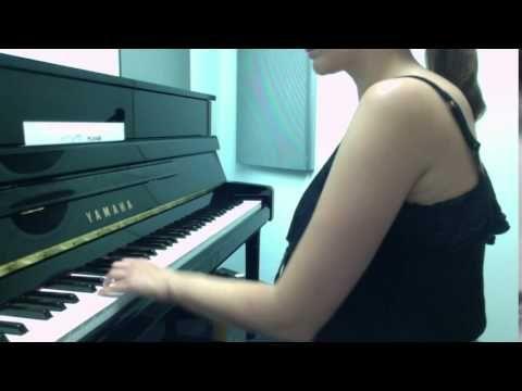 Videos: 4 Super-Effective Left-Hand Piano Exercises