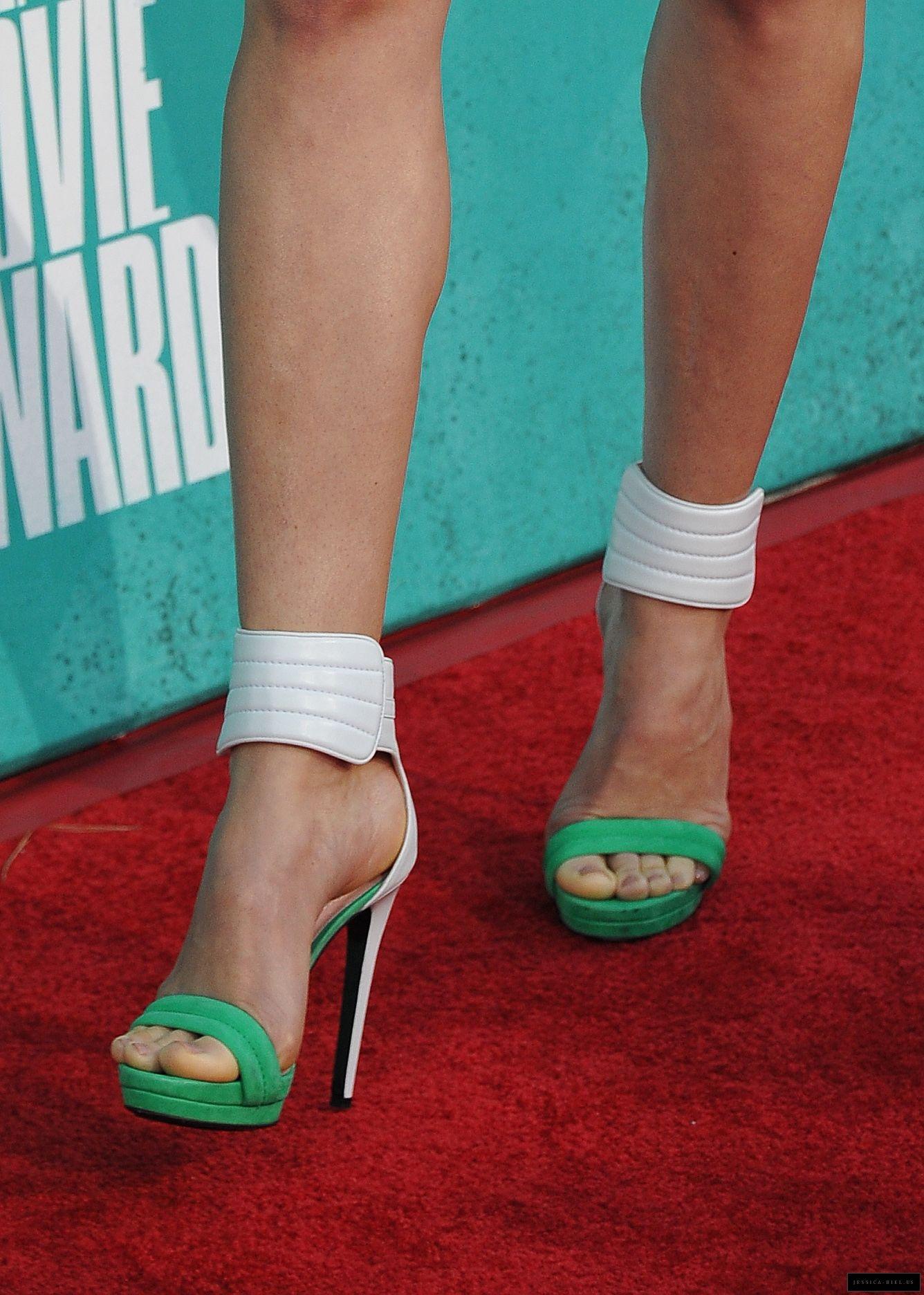 Gemma Artertons Booty : Celebs