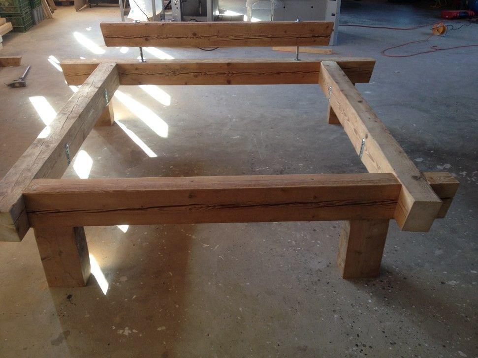 lit vieux bois sapin lits matelas deco maison pinterest lit matelas vieux bois et matelas. Black Bedroom Furniture Sets. Home Design Ideas
