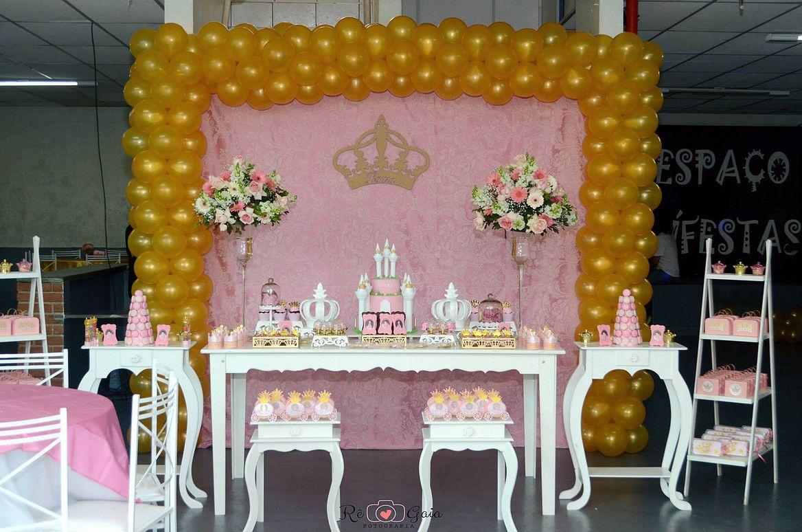 Decoracao fazendinha luxo bolo falso ccs decoracoes eventos car - Decora O Proven Al Rosa E Dourada Princesa Castelos E Coroas Douradas