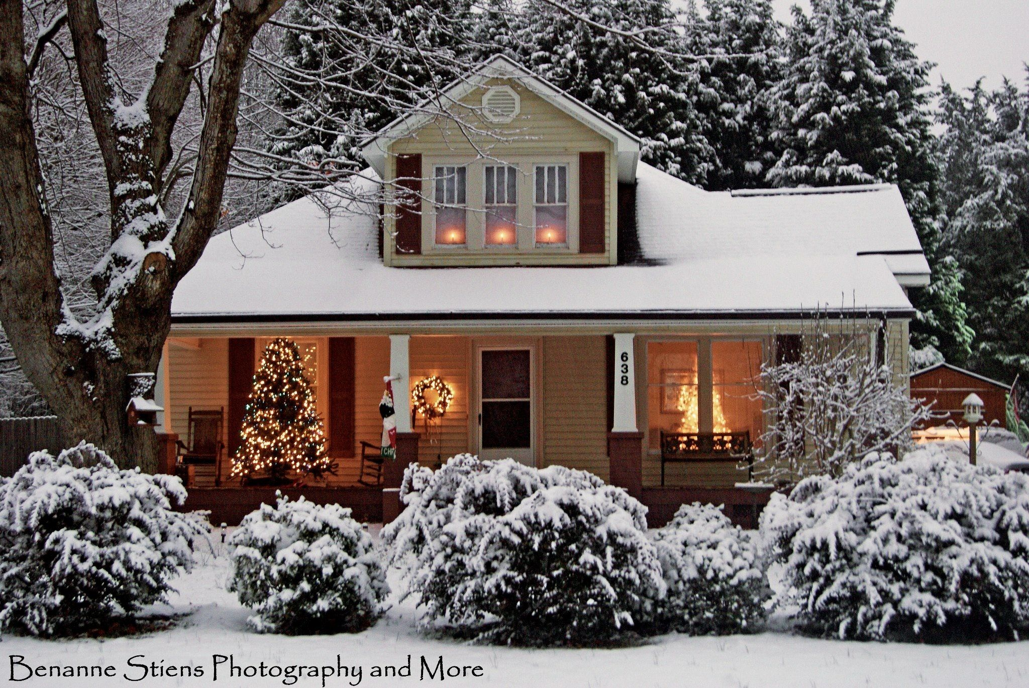 Beautiful Homes Decorated For Christmas