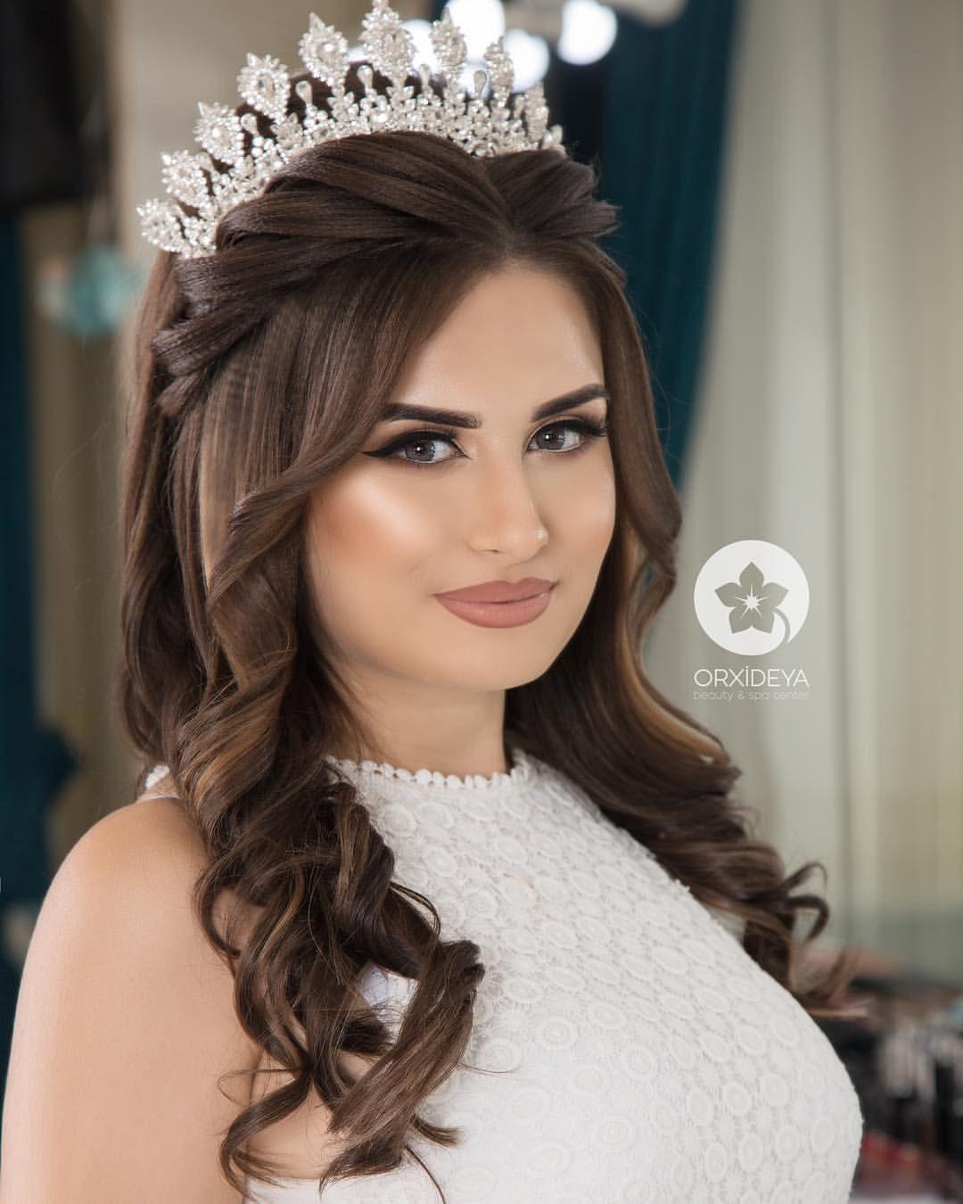 Gozelim Sac Mene Makiaj Makeup Artist Afaq Aiddir Orxideyabeauty V Formal Hairstyles Aiddir Gelin Sac Stili Gelin Sac Modelleri Nedime Saci