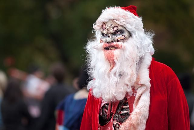 Santa From Ger Ebert It S A Zombie Christmas Http Zombiestakeovertheworld Com Zombie Costume Best Zombie Zombie Halloween Costumes