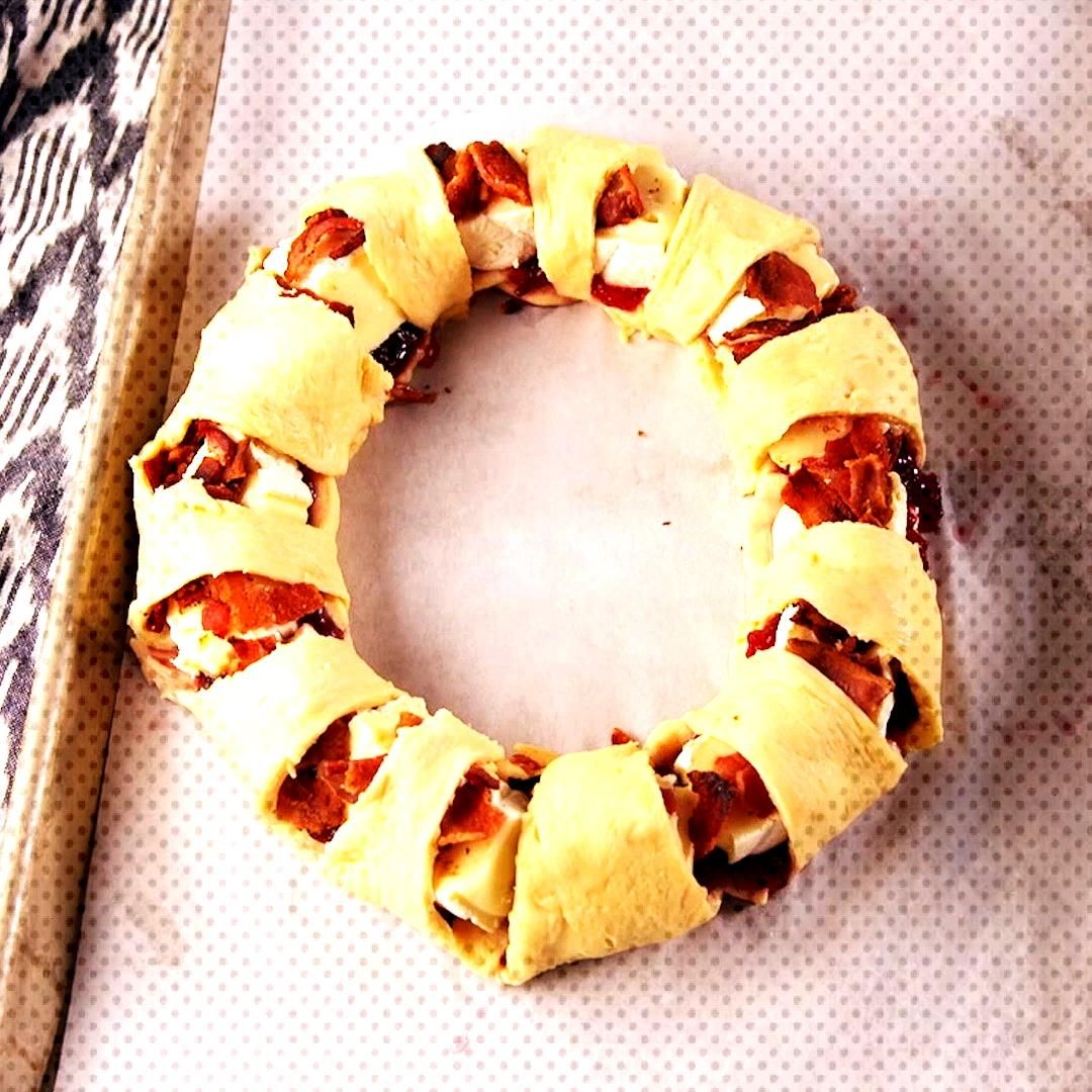 Bacon Brie Crescent Wreath  This bacon brie crescent wreath will be the star of your holiday party.