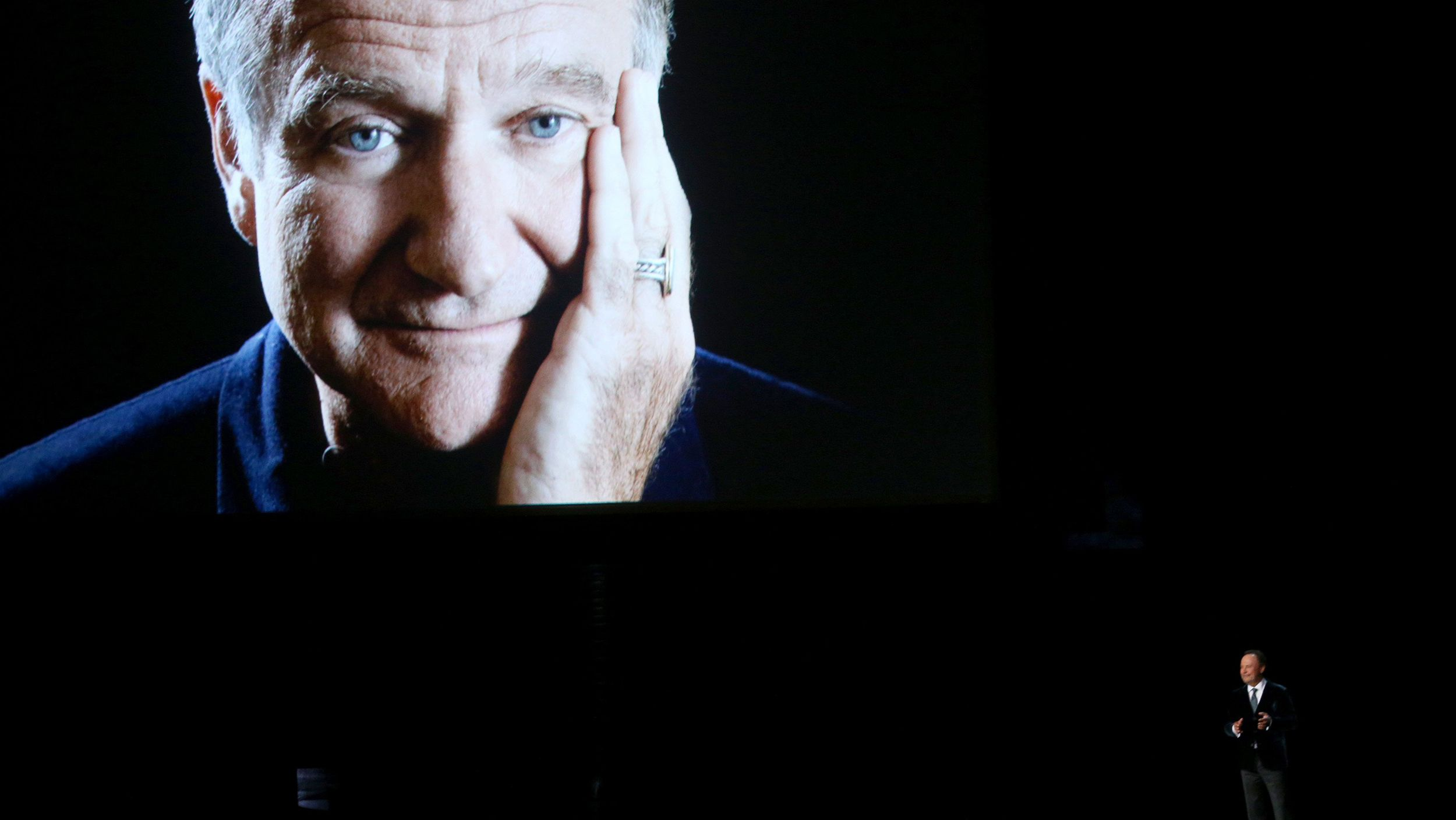 Emmys honor robin williams more stars in touching tribute