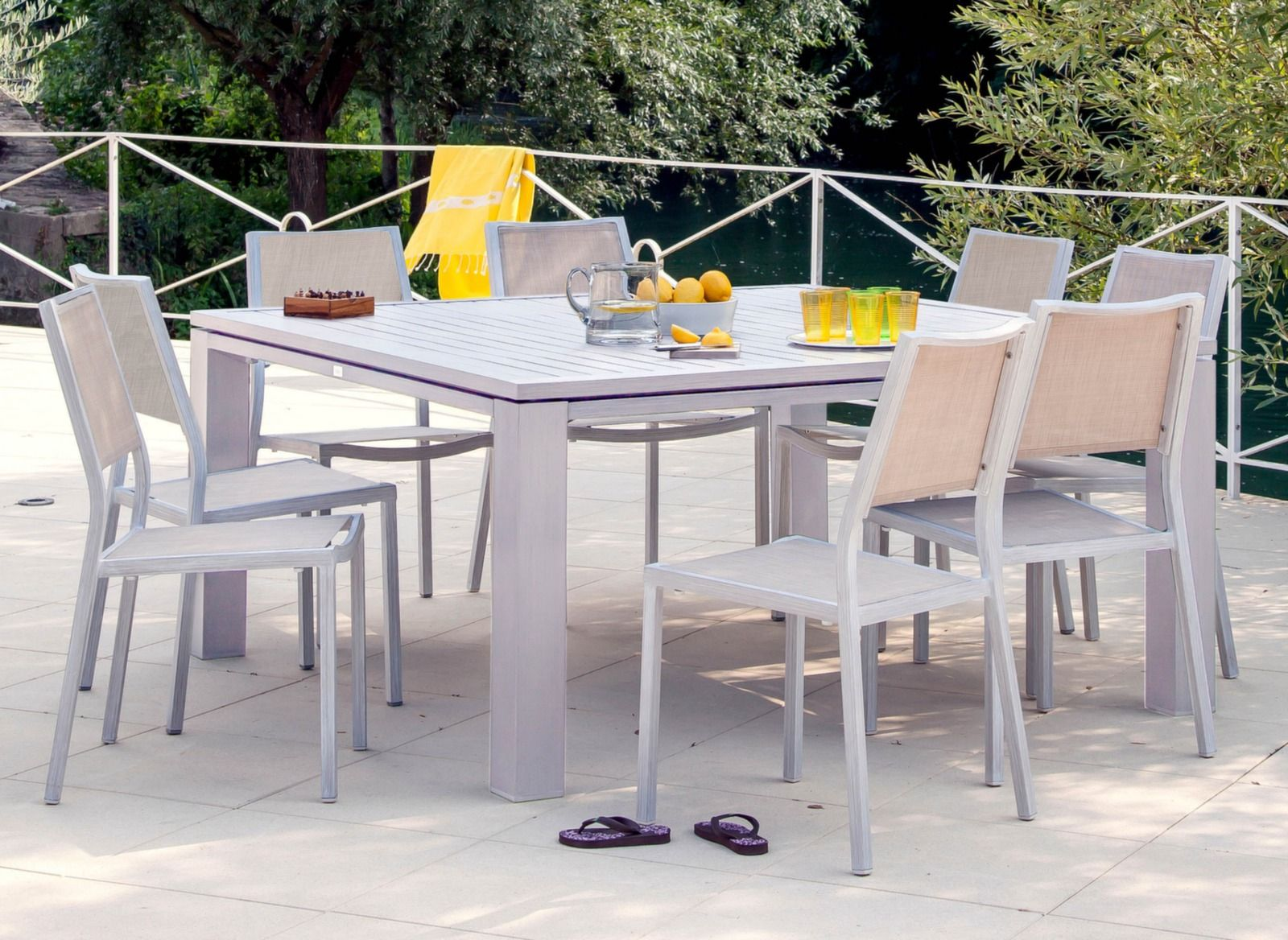 Table de jardin design carrée Fiero 160cm – Proloisirs | Mobilier ...