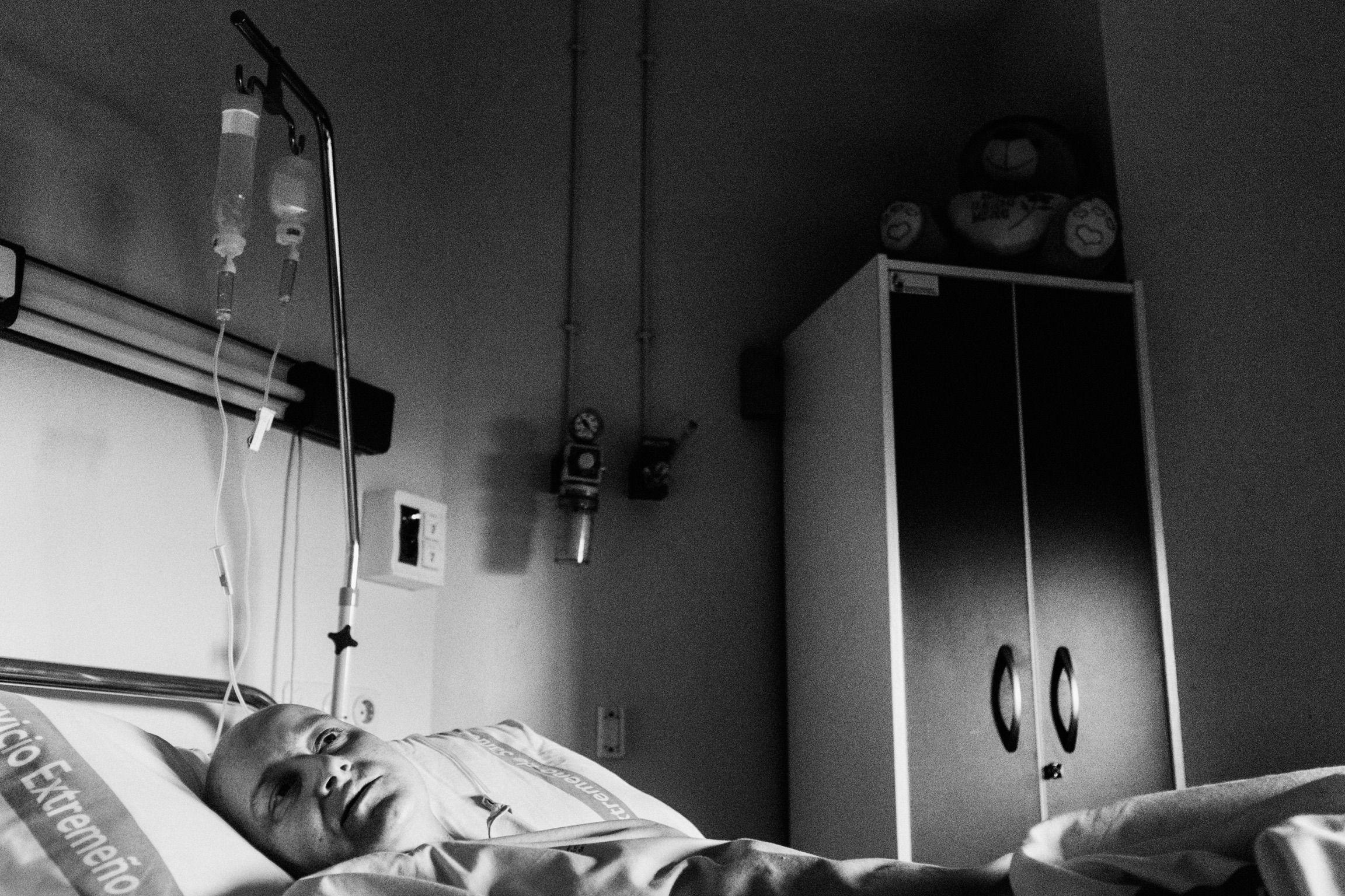 (c) Lucas Garra.  Karkinos Triple Negativo. El cáncer de mama no es tan rosa