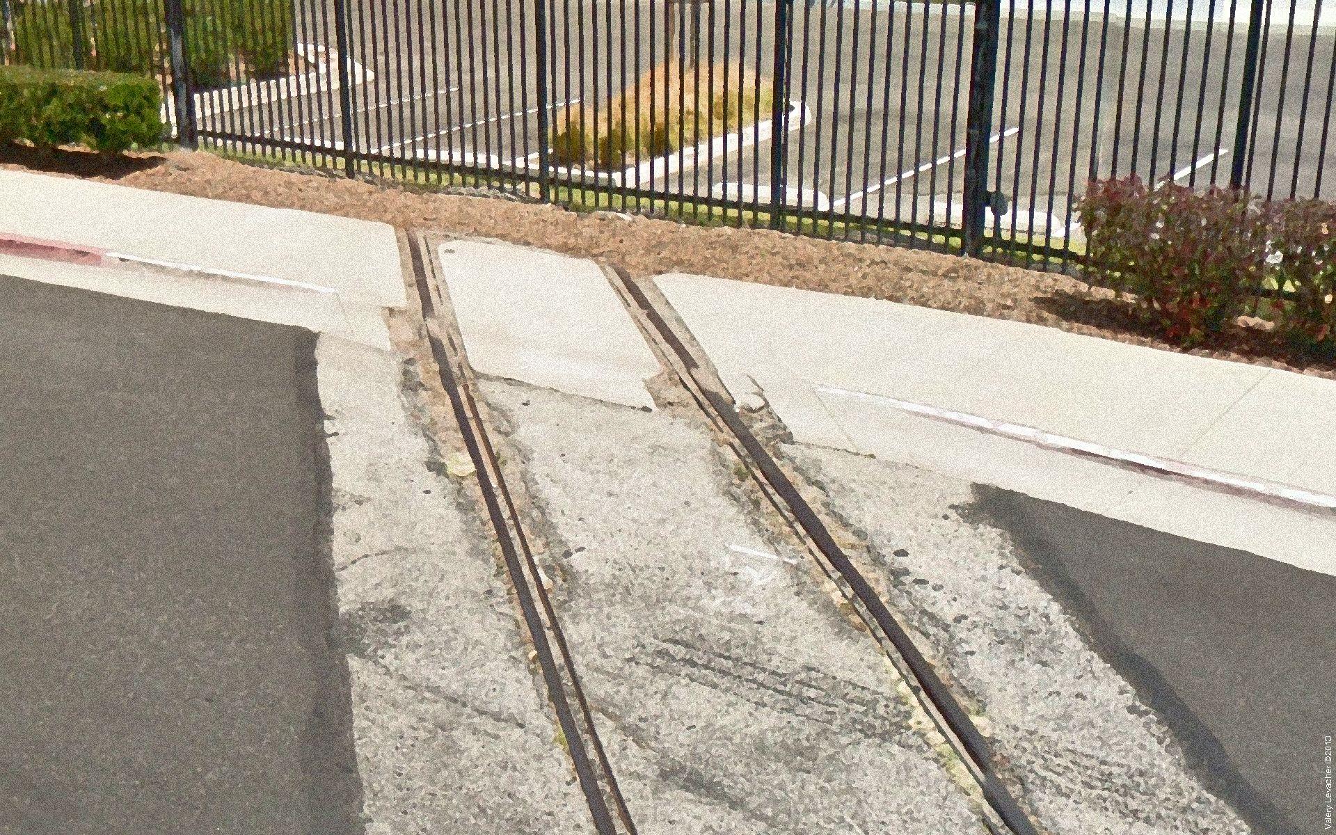 Hawthorne Drift Day 28 / Last Train Before Line Closure [3]