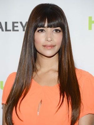 subtle caramel highlights  hairstyles with bangs