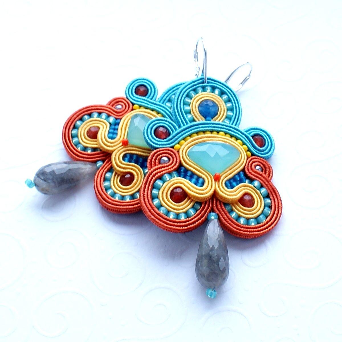 Soutache earrings made of chalcedony, jade, labradorite and Swarovski http://moniartbizu.blogspot.com/