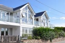 2 bed Apartment for sale in Mawgan Porth, TR8