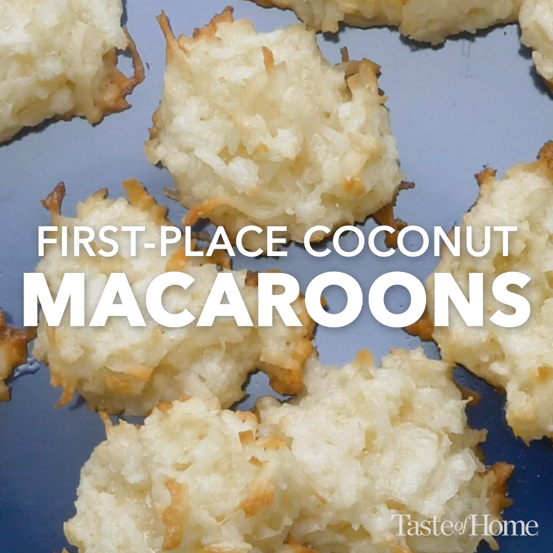 First Place Coconut Macaroons Video Macaroon Recipes Coconut Macaroons Recipe Coconut Desserts