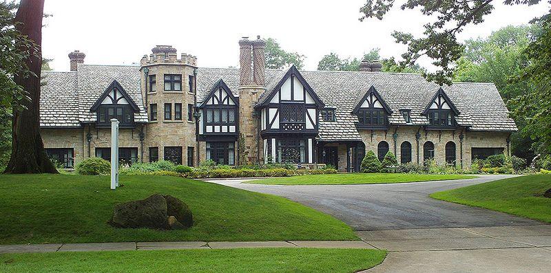 Shaker Heights North Park Blvd Old Tudor Mansion Shaker Heights Shaker Heights Ohio Mansions