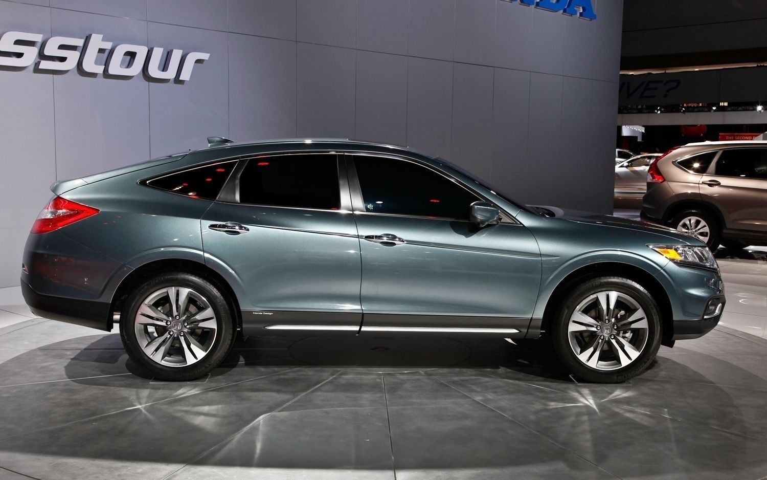 The 2019 Honda Crosstour Redesign, Price and Review