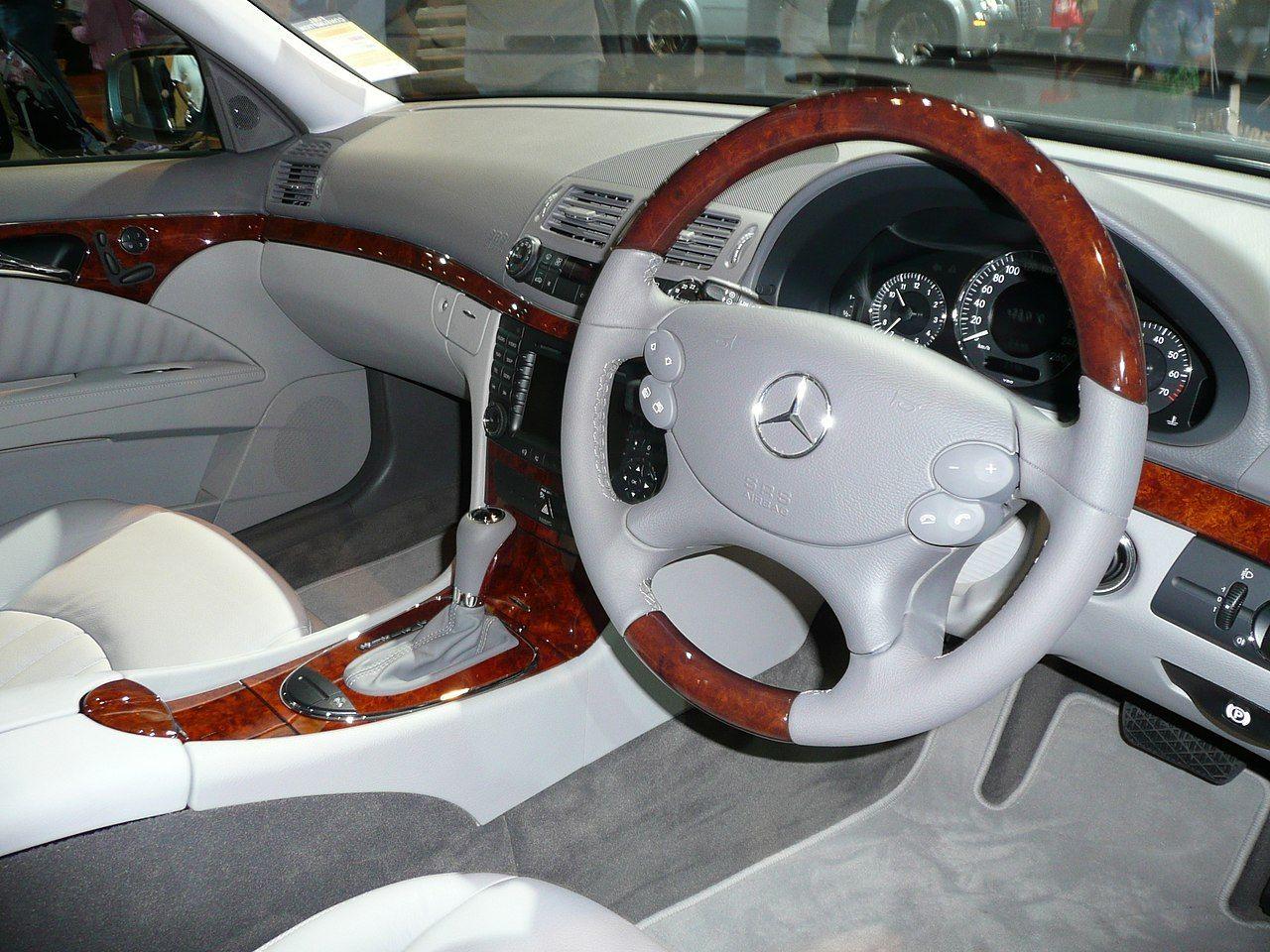 Mercedes Benz E Class W211 Mercedes Benz Interior Mercedes
