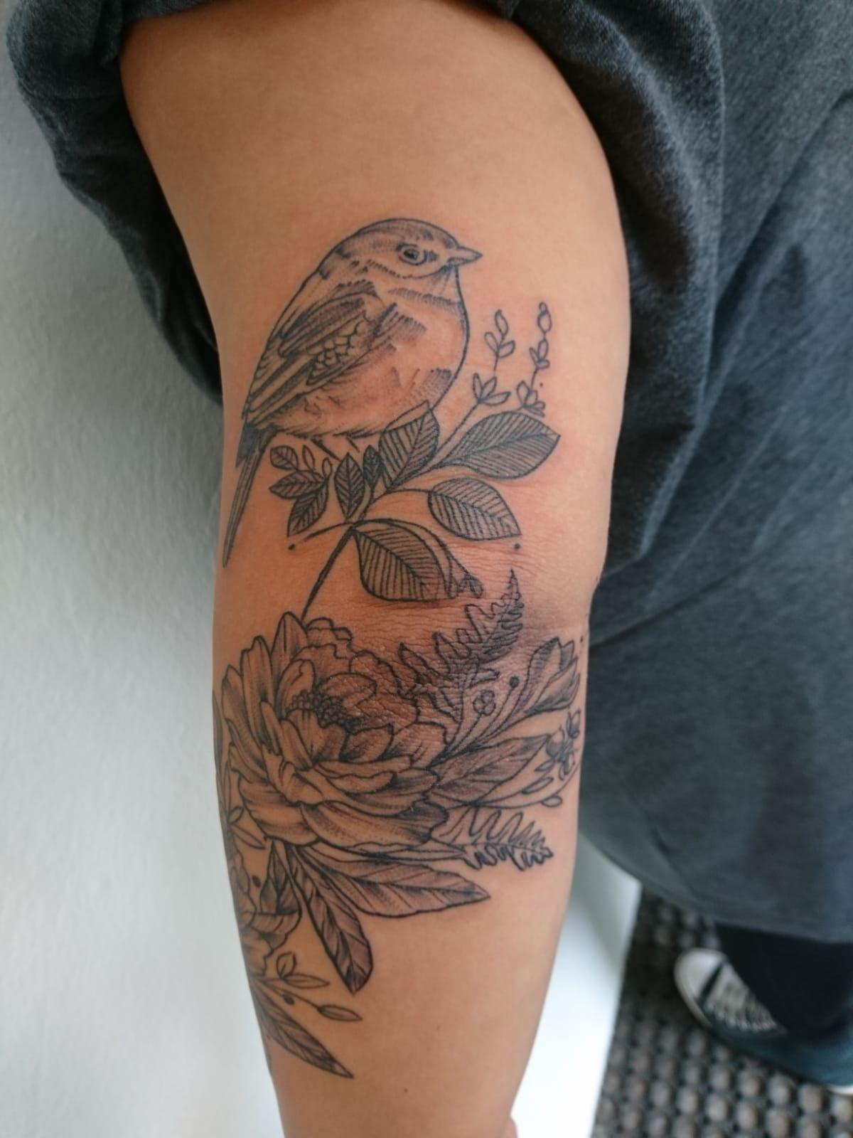 Sparrow Tattoo | Sparrow tattoo, Tattoos, Flower tattoo