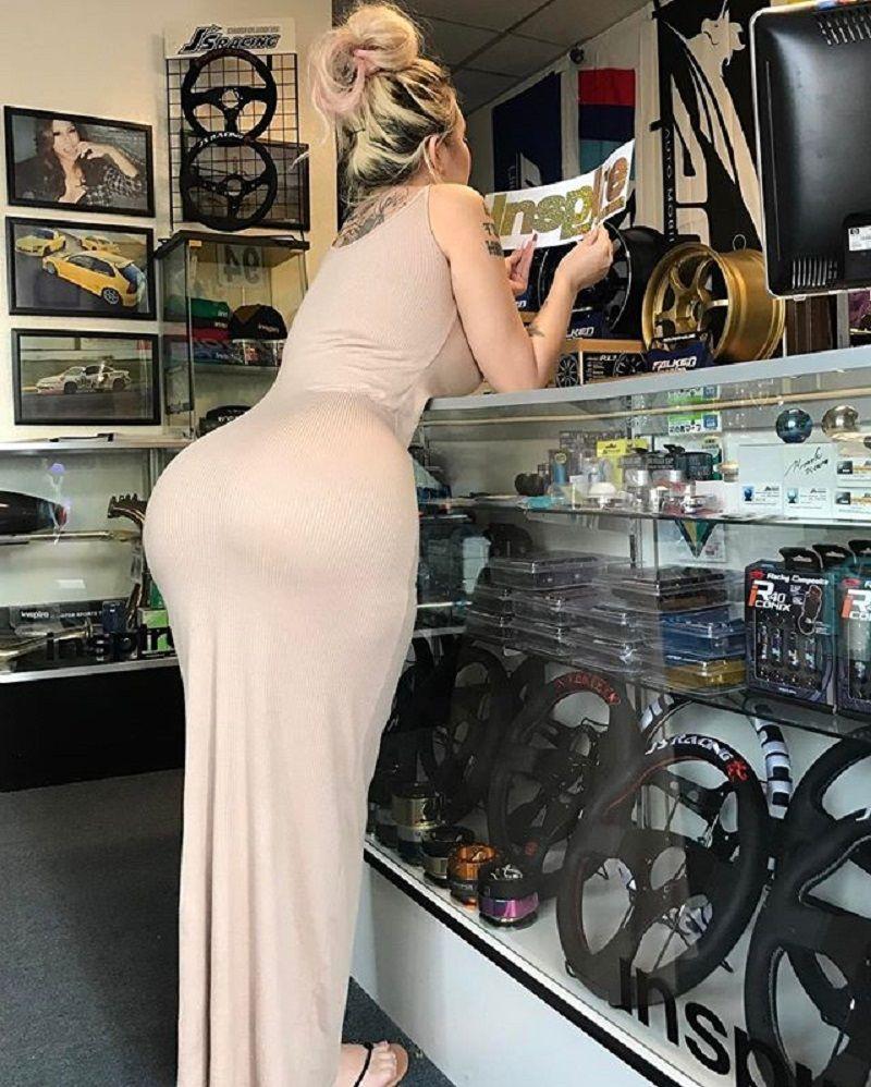 miss asian barbie 69 big booty & big boobs blonde | girls & cars