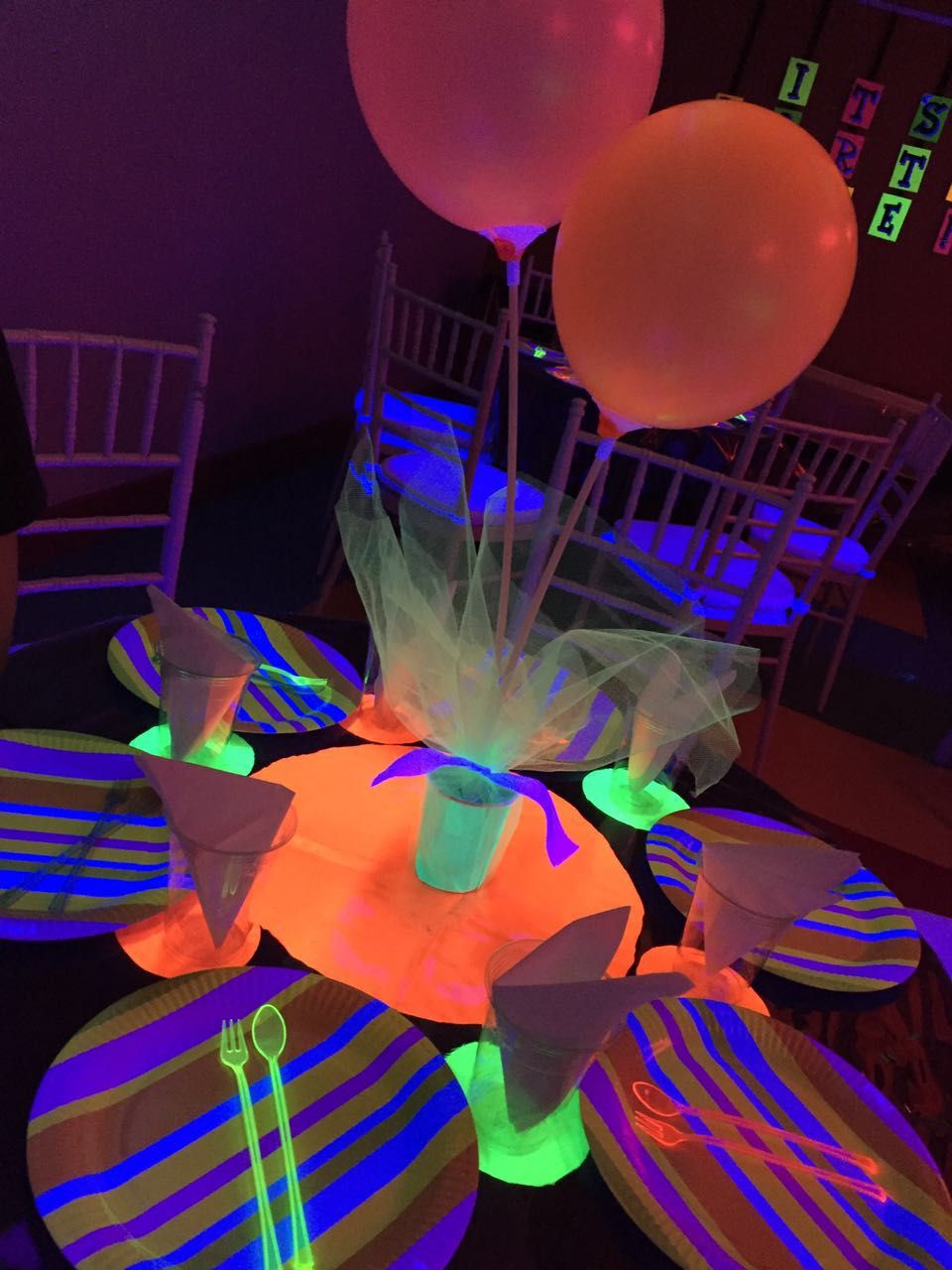 Glow balloons Decoration | party in 2019 | Neon birthday, Trolls